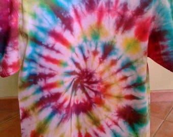 t-shirt sleeve short tie & dye spirals straight cut