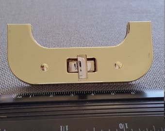 Bag or briefcase clasp