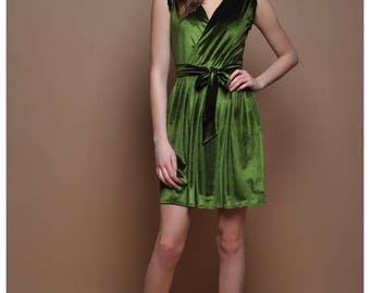 Velvet Homecoming Wrap Neck Sleeveless Short Dress Green Party Dress With Pockets Waistband Sash