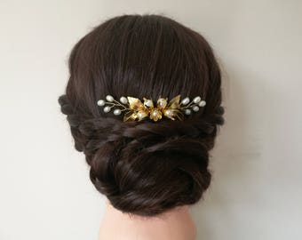 Gold wedding hair comb, pearl hair comb, gold wedding hair piece, gold bridal hair piece, gold hair comb, gold flower hair comb