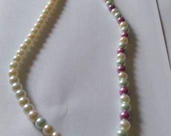 multi-color pearl necklase