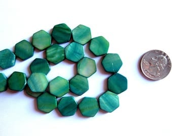 24 Mother of Pearl Beads, Emerald Green Beads, Green Hexagon Beads, Hexagonal Beads, geometric Beads, Large Green Beads, Green Shell Beads