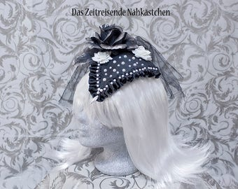 Fascinator, Headdress, black and white with pearls, roses, lace and tulle, Gothic, Lolita