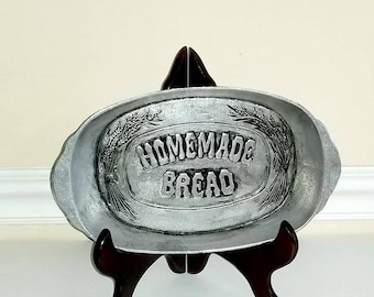 Pewter Homemade Bread Tray, Serving Dish, Warming Tray, Pewter Bread Tray, Pewter Platter, Vintage Bread Tray, 1970s