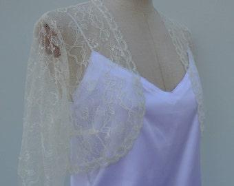 Bolero ivory lace cover-up wedding ivory lace, ivory lace bridal shoulder wrap, ivory bridal shoulder wrap, bolero