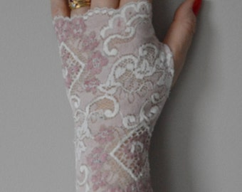 Bridal fingerless gloves pink, ivory, pink, ivory lace, ivory, pink lace fingerless gloves, fingerless gloves arm warmers pink, ivory wedding lace, lace