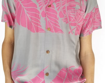 Vintage 1980s Pink & Gray Hawaiian Short Sleeve Button-Up / Size (M)