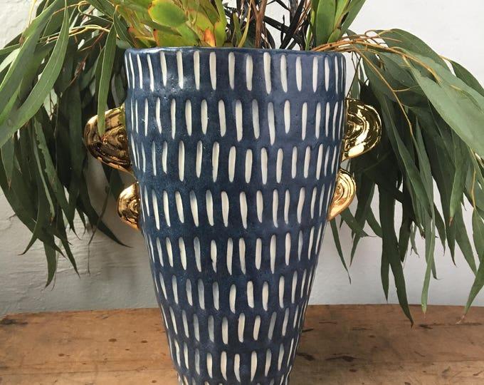 regal flower vase