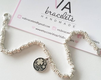 Custom bracelet with hammered nuggets in silver 925 and charms of your choice