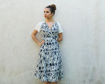 Printed crossover dress, white and blue printed dress, ethnic pattern, V-neck dress, summer dress, boho outfit, midi dress