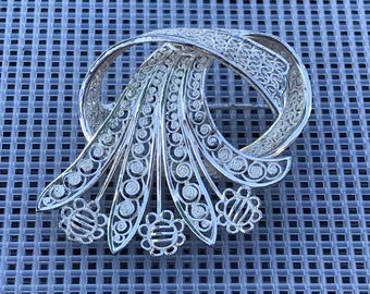 Vintage Silver Filigree Brooch // Sterling Silver Germany Brooch // 40s Abstract Flower and Ribbon Brooch // Willi Nonnenmann Brooch