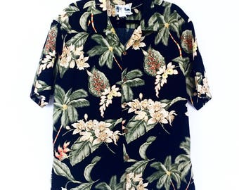 Vintage Howie Hawaiian Shirt - Made in Hawaii