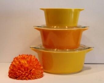 Daisy Pyrex Casserole Set - Sunflower Casserole Nesting Bowl Set - Pyrex #473 #474 #475 - Yellow Pyrex Set - Yellow Sunflower Bowls