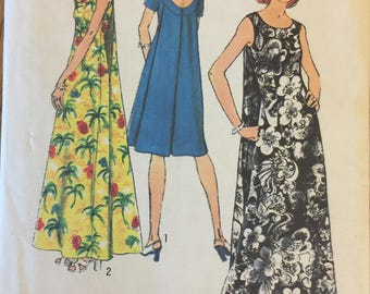 """VTG 6397 Simplicity (1974) misses' muu-muu in 2 lengths.  Size 14, Bust 36"""".  Complete, unused, FF. Excellent condition."""