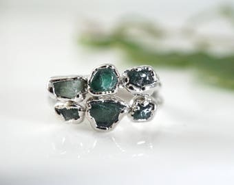 Raw Emerald Ring • May Birthstone Ring • Emerald Ring • Raw Crystal Ring • Rings for Women • Gift for Mom • Emerald Anniversary • Raw Ring