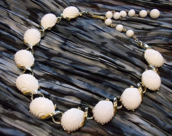 Vintage White Thermoset Shell Choker Necklace in Gold-tone Metal