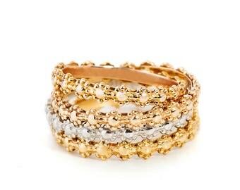 14k Rose Gold Flower Band Ring, Flower Wedding Band, Stackable Wedding Band, Flower Wedding Ring, Dainty Flower Ring