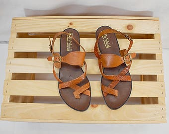 Vintage deadstock woven leather buckled Greek sandals // Size US 7 EU 37