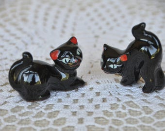 Vintage Pair of Black Cats - Blue Eyes - Red Ears - Red Clay