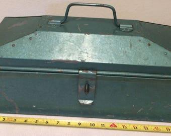Vintage Tool Box, Vintage Green Tool Box, Green Tool Box, Tool Box, Metal tool box, Vintage Metal Box, Vintage Storage Box, Metal Tackle Box