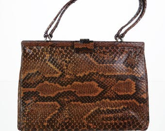 Genuine leather vintage shoulder bag in brown tones