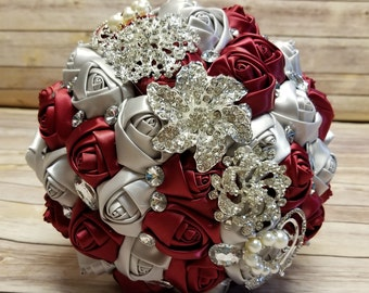 Red brooch bouquet | Etsy