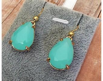 Mint Glass Earrings, Green Earrings, Drop Earrings, Dangle Earrings, Glass Crystal