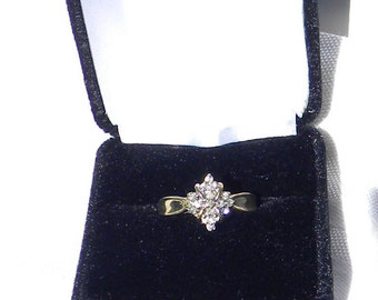 10kt Gold Cluster Engagement Ring Size 7.5