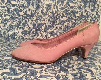 soft suede pink pumps/ Vintage 80s pumps in suede leather