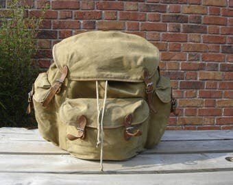 Sac à dos. Backpack. Rucksack. Marque POUCH. DDR. Allemagne de l'Est