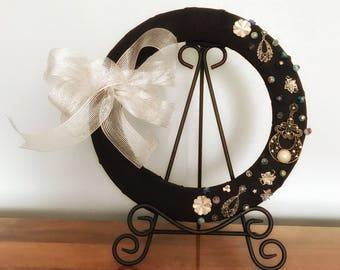 Door Wreath Art, Door Wreath Year Round, Door Wreath Bow, Wall Art Wreath, Reclaimed Wall Art, Year Round Wreath, Wreaths For Front Door