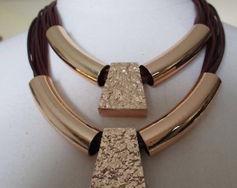 Necklace leather cords Burgundy and gold metal