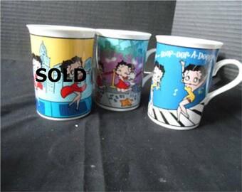 Danbury Mint Betty Boop Fine Porcelain Collector Mugs Cups  Hollywood Betty, Boop-oop-a-doop  1471