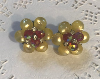 Beautiful Vintage Faux Peal and Red Aurora Borealis Crystal Clip Earrings