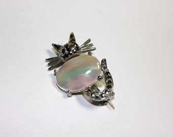 Silver Tone Mother of Pearl Jelly Belly Cat Brooch w/Rhinestones