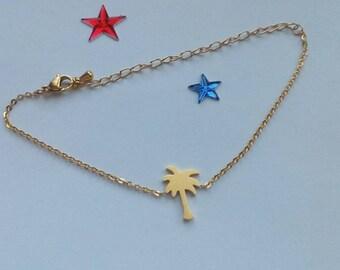 Bracelet with a Palm tree pendant