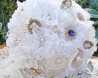 White Lace bouquet, brooch bouquet, ivory lace flower bouquet, pearl brooch bouquet, photo frame bouquet