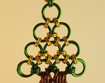 Chain Mail Tree Ornament - gold