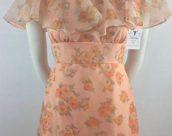 Vintage Lorrie Deb San Fransisco Peach Dress with Floral Print and Ruffled Bodice & Hem/Vintage Size 9-10