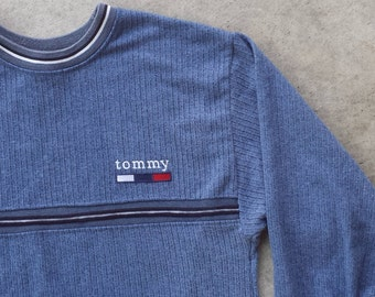 Vintage 1990's Bootleg Tommy Hilfiger Pull Over Sweater / Sweatshirt / Crewneck (L Large) Made in Canada 50/50