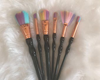 SALE UNICORN with Black Handles Brushes (6 Pieces)