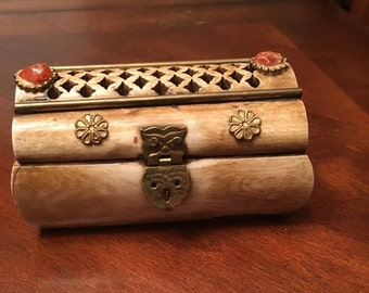Carved Bone Trinket / Jewelry Box with Brass Hardware / Hinges Reddish Cabochon on Lid