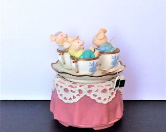 Vintage Enesco Music Box, Tea For Two, Mice Music Box, Mouse Figurine, Mice in Tea Cups, Gift for Her, Mouse Collectible, Kitchen Decor