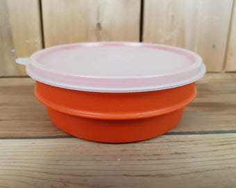 Vintage Tupperware 70s Orange Bowl with Clear Lid Food Storage Container Made in Canada Mod Retro Lunch School Kitchen Home Decor Farmhouse