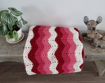 """Vintage Rustic Afghan Crochet Knit Throw Blanket / 66"""" x 80"""" / Couch Living Room Cabin Rustic / Bedding Bed Coverlet  gradient pink chevron"""