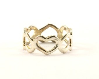 Vintage Heart Shape Cutout Band Ring 925 Sterling RG 1583