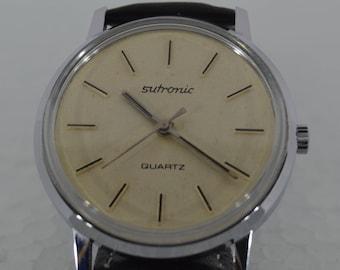 Sutronic clock with quartz