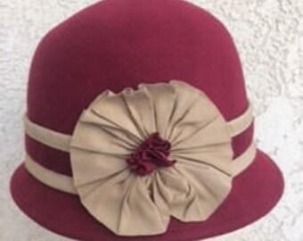 Vintage Ladies 1920's  Burgundy Wool Hat, Winter Hat, Flapper Hat, Great Gatsby Hat, Retro Hat,Derby Hat,Wide Brim Hat,Funeral Hat,Steampunk
