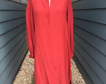 1970s Silk Dress // I Magnin Silk Dress // I Magnin // vintage Silk Dress // Neck tie dress