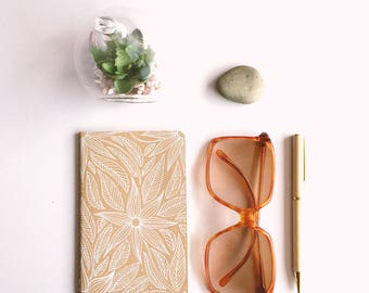 White flowers - Hand illustrated Moleskine cashier notebook